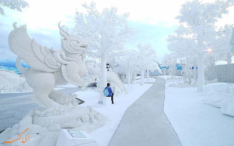 آشنایی با در پارک یخ جادویی سیام پاتایا