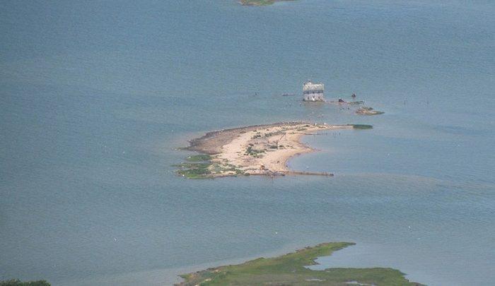 جزیره ای که فقط یک خانه داشت! ، تصاویر