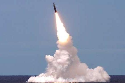 کره شمالی 2 موشک ناشناس آزمایش کرد