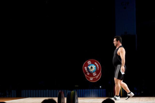 جدال جذاب ملی پوشان وزنه برداری برای رسیدن به بازی های آسیایی