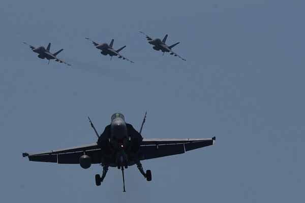 پادگان الصقر از سوی هواپیماهای ناشناس هدف قرار گرفته است