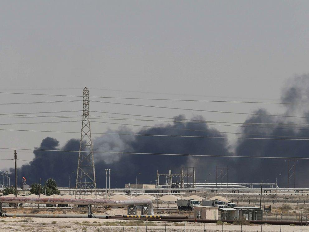 ادعای مقام آمریکایی درباره حمله به تاسیسات نفتی سعودی: موشک از ایران شلیک شد