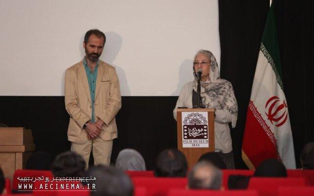 رخشان بنی اعتماد:زغال یک هوای تازه در سینماست