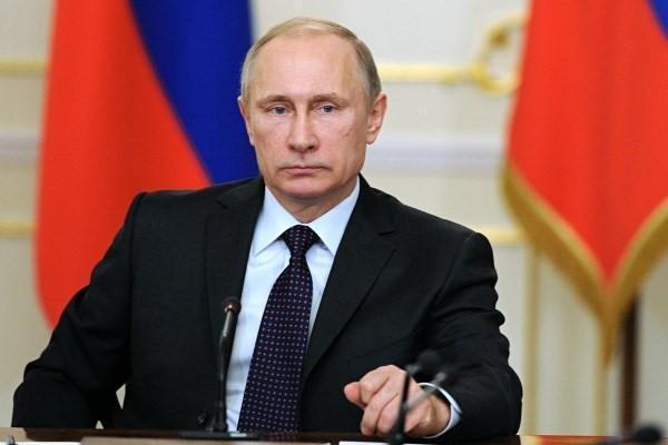 پوتین: کشور ها باید به منافع ایران احترام بگذارند