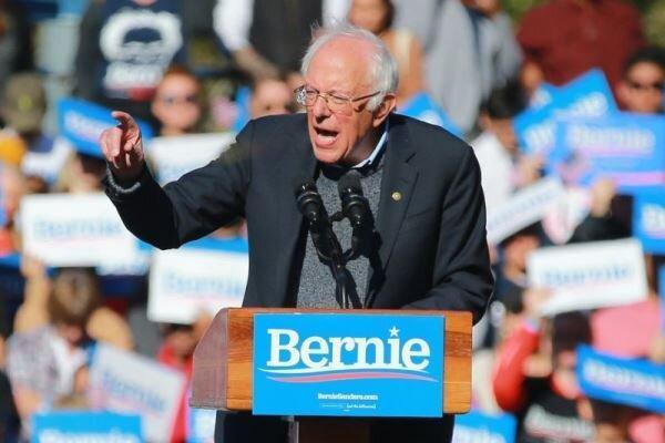 برنی سندرز در صدر نظرسنجی انتخاباتی دموکرات ها نهاده شد