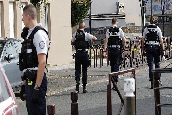 حمله با چاقو به یک مرکز پلیس در فرانسه، فرد مهاجم زخمی شد