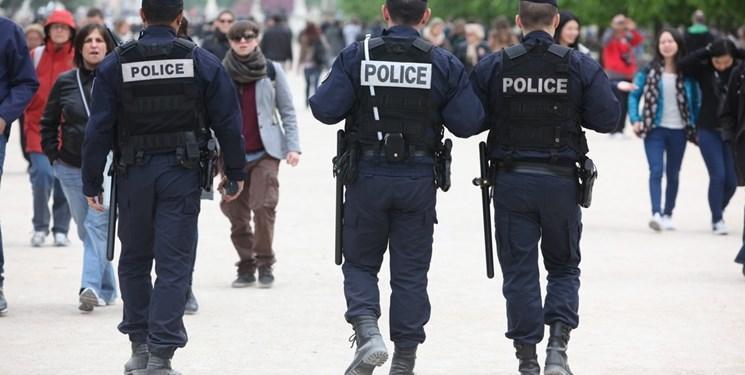 فرانسه: 100 هزار پلیس اجرای اقدامات مقابله با کرونا را کنترل می کنند