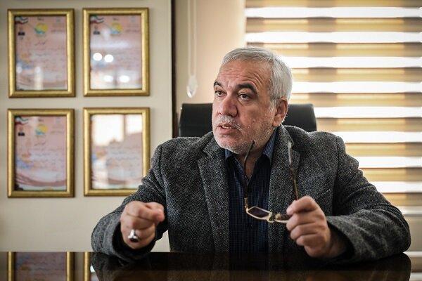 فتح الله زاده: قرارداد استراماچونی ثبت نشود، با فدراسیون فوتبال برخورد خواهد شد