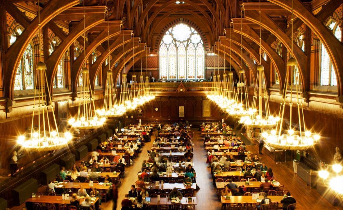 با چه نمراتی میتوان به هاروارد رفت؟