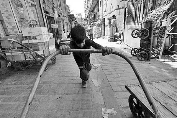 ارائه راهکاری پیشنهادی جهت عوامل موثر در گرایش بچه ها به کار در خیابان