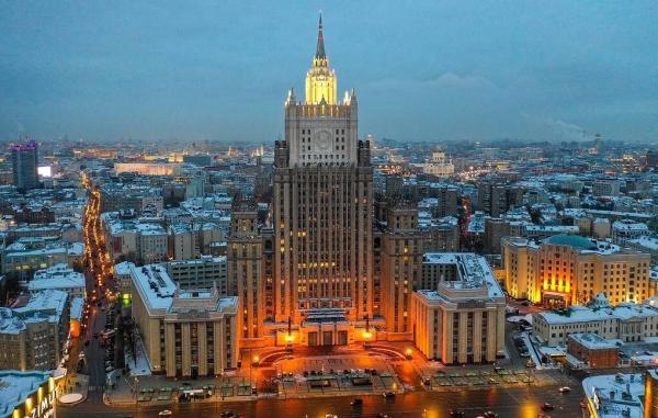 خبرنگاران روسیه 5 دیپلمات لهستانی را اخراج می نماید