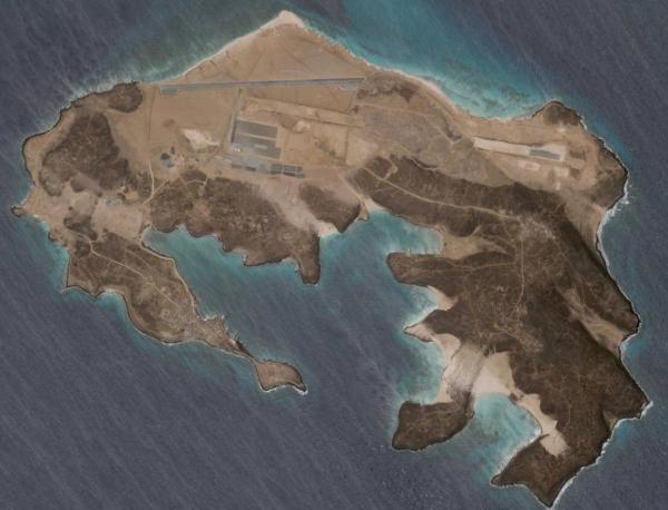 امارات درحال ساخت پایگاه در یکی از پرترافیک ترین مسیرهای دریایی دنیا!