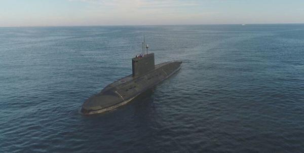 شروع آزمایش زیردریایی های نظامی روسیه در دریا های برنت و نروژ